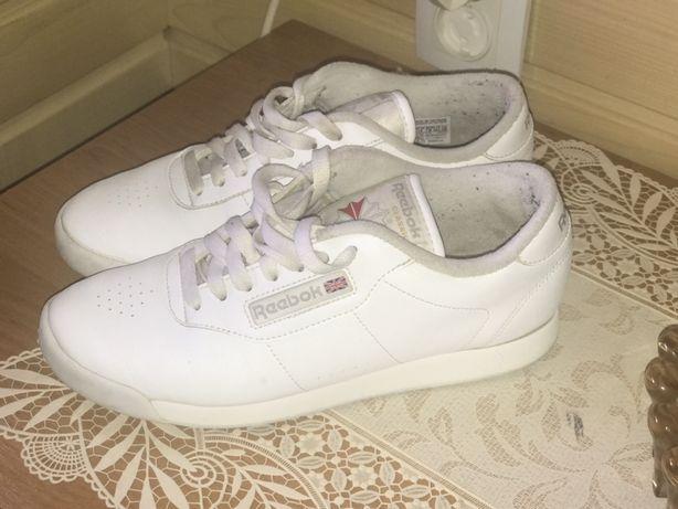 Продам кросівки Reebok