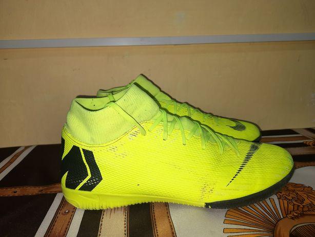 Оригинал футзалки манежки бампы сороконожки Nike SuperflyX 6 Academy
