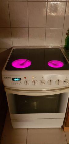 Kuchenka,plyta elektryczna.