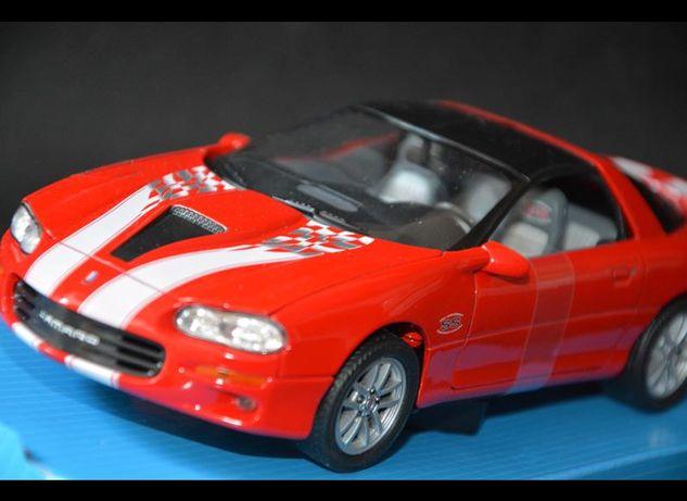 2002 CHEVROLET Camaro SS nowy model WELLY 1:24