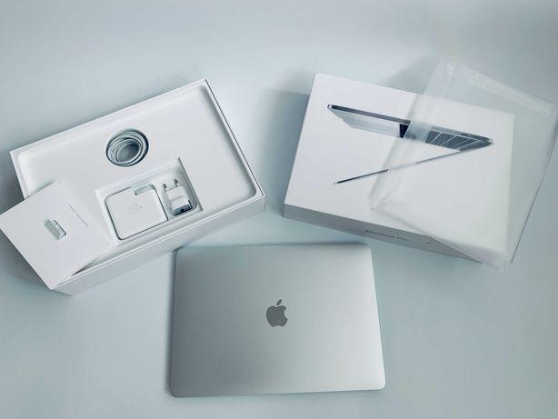 Идеал MacBook Pro 13 2019 Touch Bar. A2159 Silver. Bat - 39 Цикл 96%
