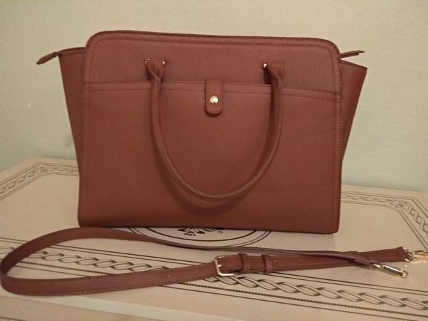 Женская сумка!Шикарная, вместительная!