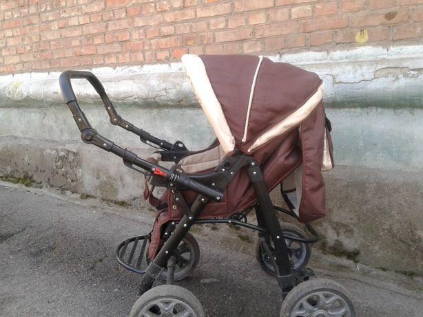 Продам детскую коляску-трансформер Viki Karina С90 - коричневую
