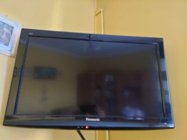 """Telewizor LCD PANASONIC 32"""""""