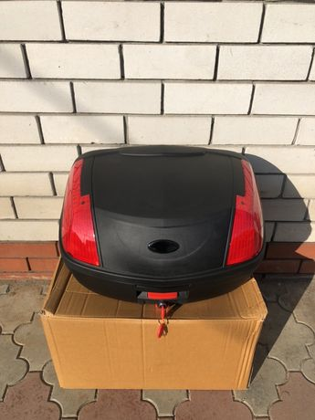Большой кофр для двух закрытых шлемов, размер 43*33*56см, ц 1600 грн