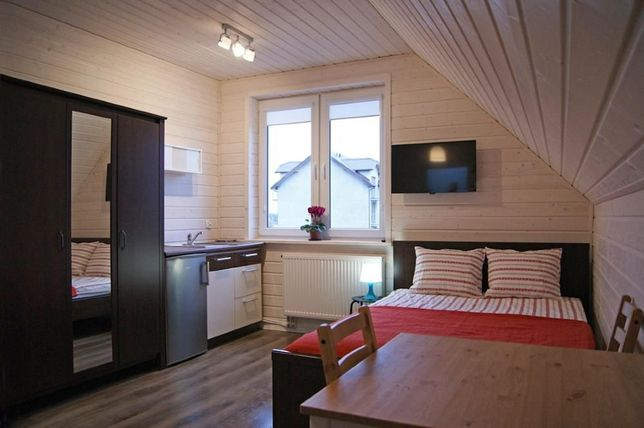 Karwia. Pokoje z aneksami kuchennymi, łazienkami, TV i Wi-Fi