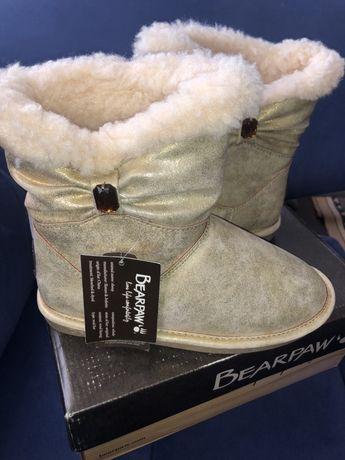 Зимние сапоги UGG BearPaw для девочки