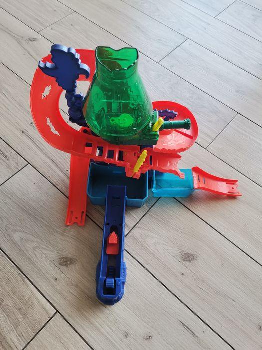 Zjeżdżalnia hot wheels Reda - image 1