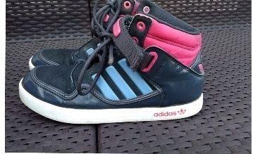 Buty dziewczęce Adidas rozm. 36 i 2/3.