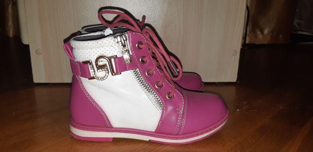 Чоботи чобітки взуття дитячі