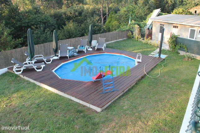Moradia V4 com piscina,  Santa Maria da Feira
