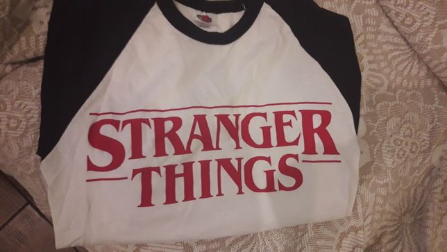 Stranger things лонгслив
