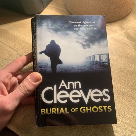 Книга «Burial of Ghosts» Ann Cleever