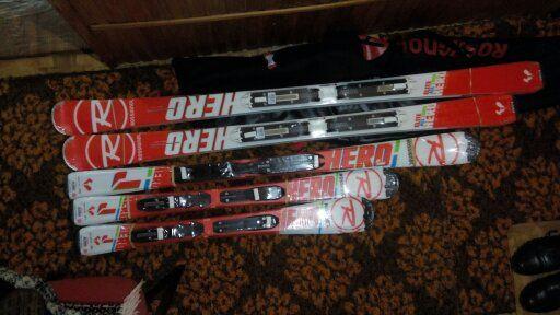 Продам сімейний комплект ( 5 пар ) гірських лиж - нових