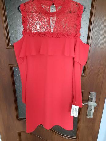 Sukienka czerwona z koronką rozmiar M