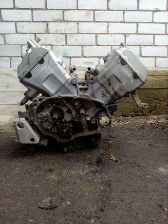 двигатель Нонда VFR800