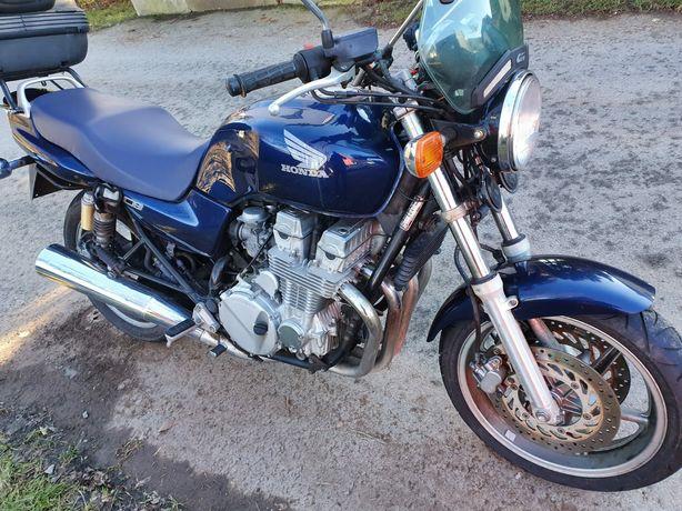 Motocykl Honda CB 750