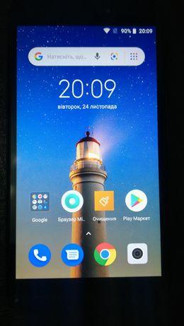 Смартфон Xiaomi Redmi Go (состояние нового)