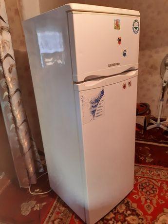 Холодильник Rainford RRF 2263 W
