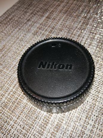 Tylna pokrywa obiektywu Nikon LF-1