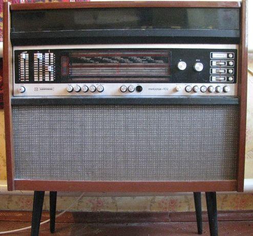 Радиола Мелодия-102