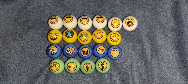 20 Szklanych kulek z buźkami + zestaw do gry w kulki + 4 gumowe kulki