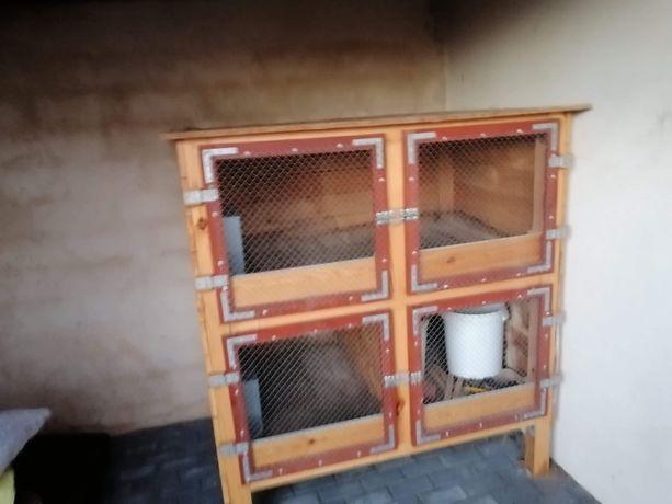 Króliczarnia, klatka dla królików na sprzedaż.