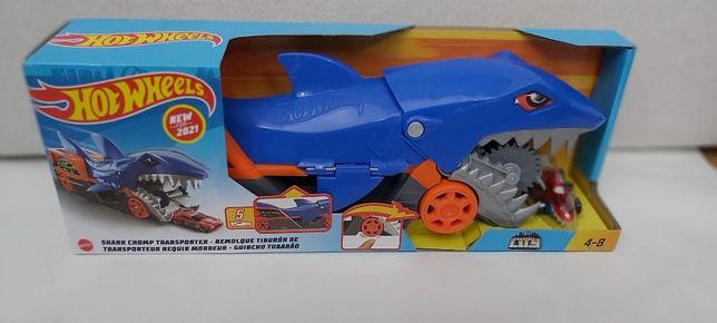 Трек хот вилс акула транспортер автовоз hot wheels shar[