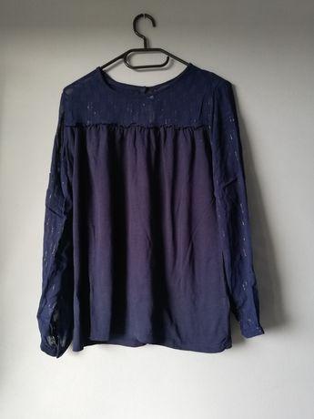 Granatowa bluzka z prześwitującymi rękawami