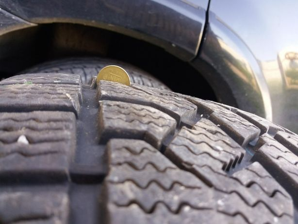 Зимние шины R17 265/65 Kumho I Zen RV как новие 19год