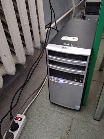 ПК - Xeon 4 ядра 2.66Ghz / 4gb mem / 500gb