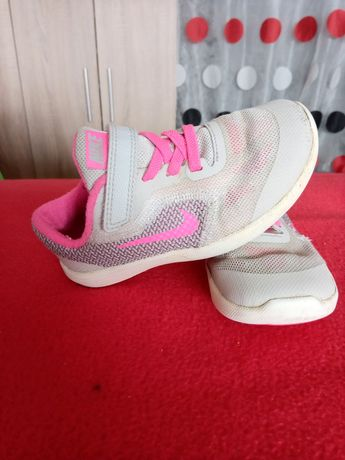 Ténis Nike Revolution 3 Tam 26