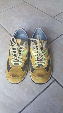 Buty chłopięce Geox rozm.40