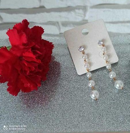 Długie kolczyki perły z cyrkonia
