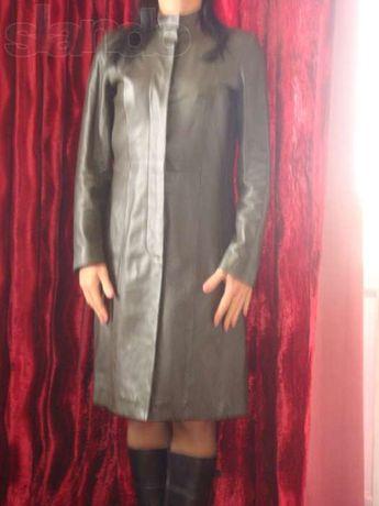 Импортное кожаное пальто на худенькую девушку