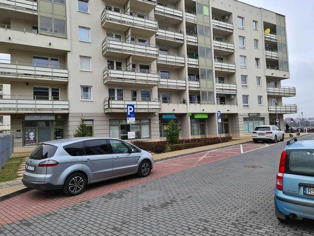 Lokal 82 m2 ul. Kryształowa