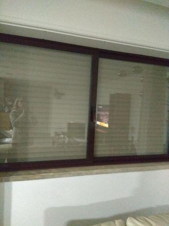 Janelas vidros duplos em Aluminio