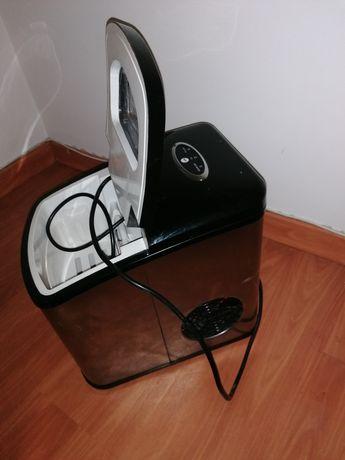 Máquina de gelo como nova