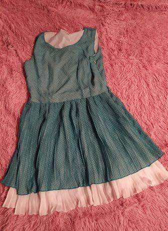 Нежное легкое платье из структурного шифона в мелкий горох