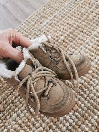 Zimowe buciki zara rozm 22