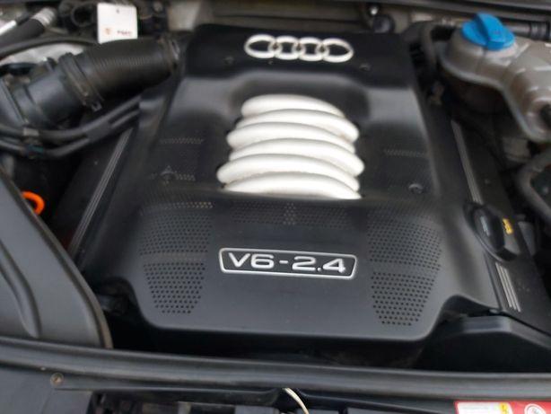 Blok silnika  na stolik Audi 2.4 v6 BDV