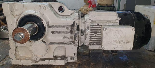 Motoreduktor kątowy 10 obr z silnikiem elektrycznym 1,5kw z hamulcem