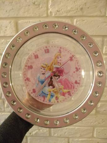 Zegar ścienny księżniczki stan idealny