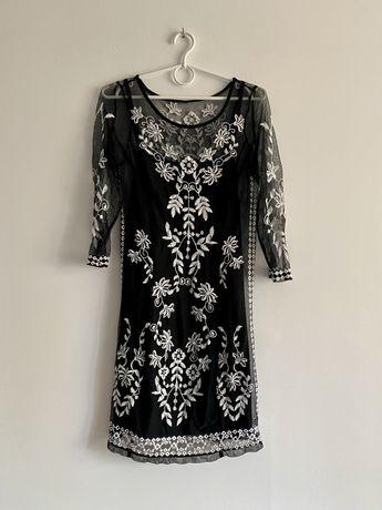 Czarna sukienka tiul haft siateczka dopasowana dwuwarstwowa transparen