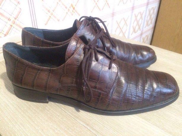 Продам кожаные туфли 40 р Италия