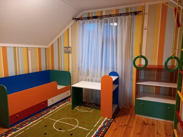 Продам Дитячі меблі з матрацом