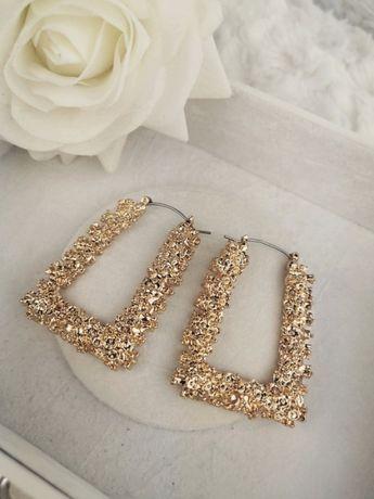 Złote kolczyki ZARA klasyczne modne minimalistyczne błyszczące duże