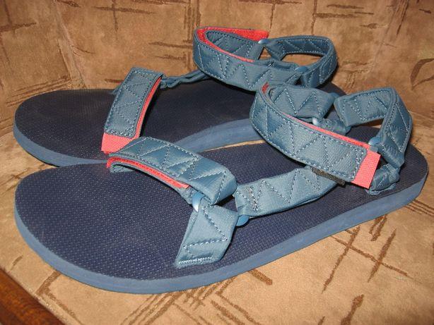 Сандалии Teva Universal Puff Sandals 1018546 45-46p