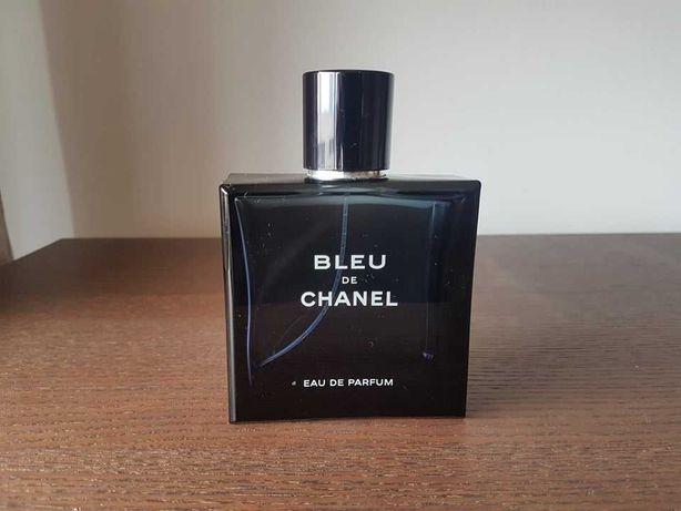 Frasco de perfume Bleu de Chanel vazio