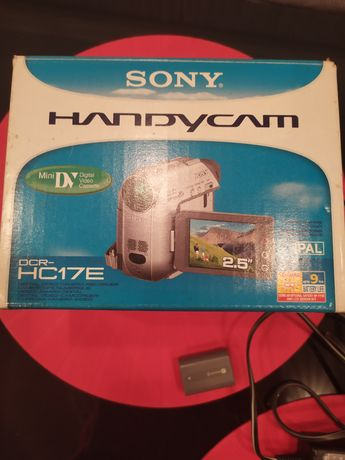 Продам видео камеру Sony